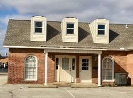 "180 Carriage House Drive ****""UTILITIES INCLUDED""****"